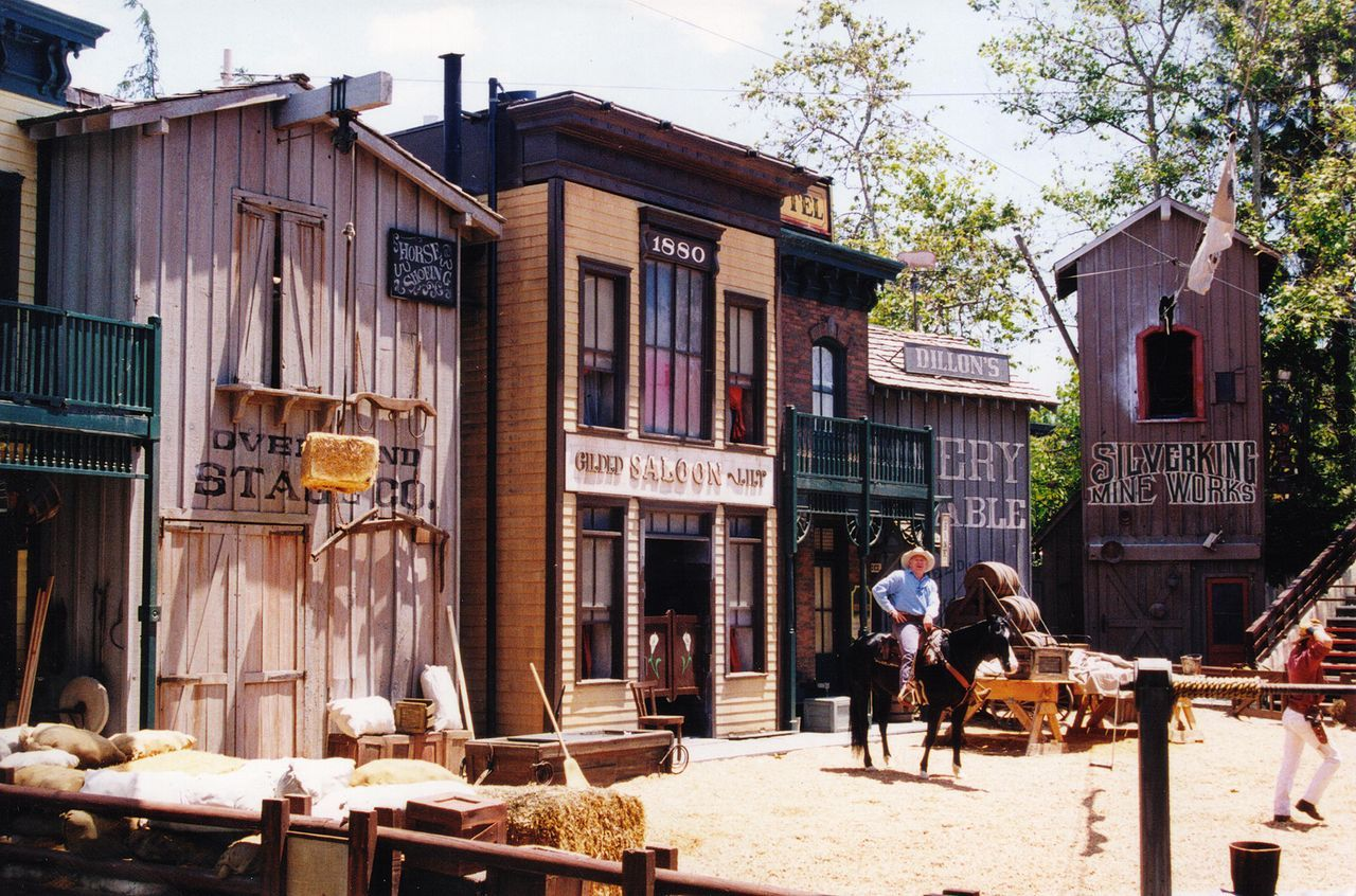 Western Set Universal Studio Western Genre Wikipedia Movie Studio Set The Great Train Robbery Western Movies