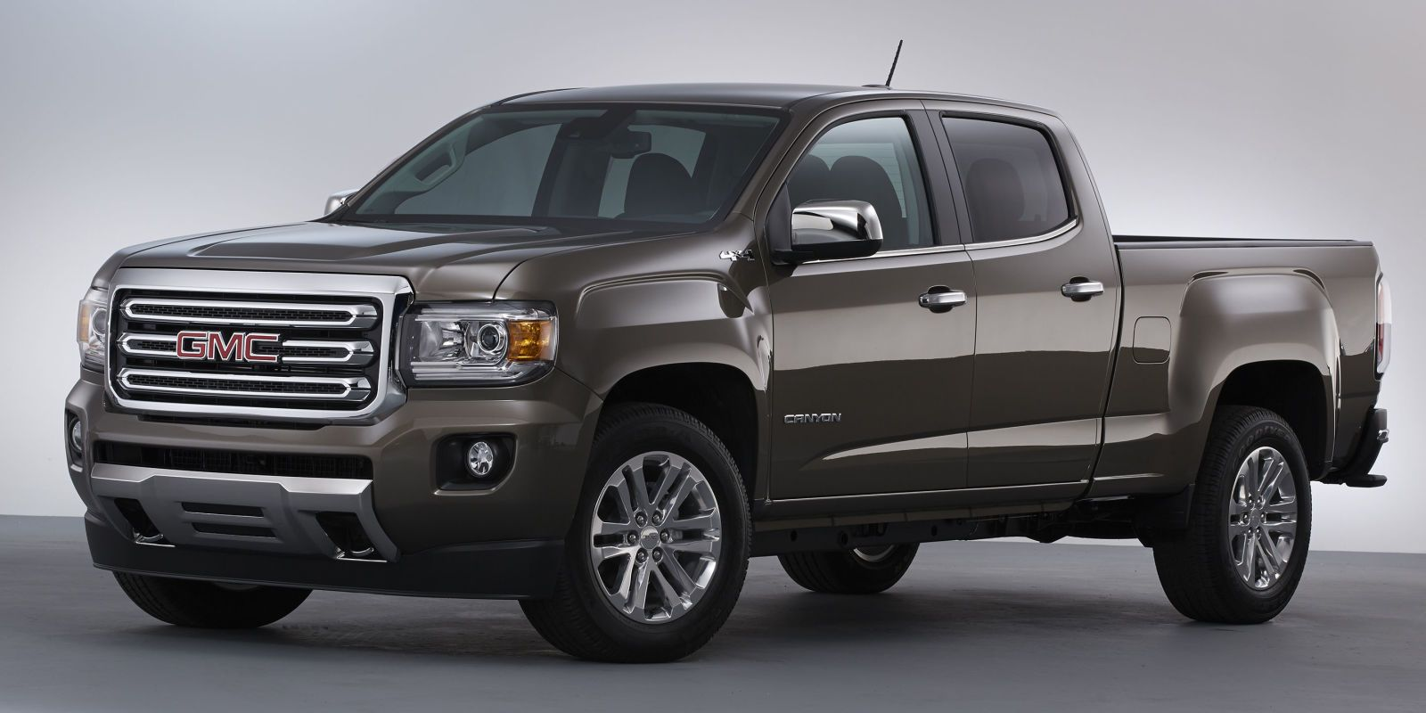 2015 gmc canyon the compact truck is back compact. Black Bedroom Furniture Sets. Home Design Ideas