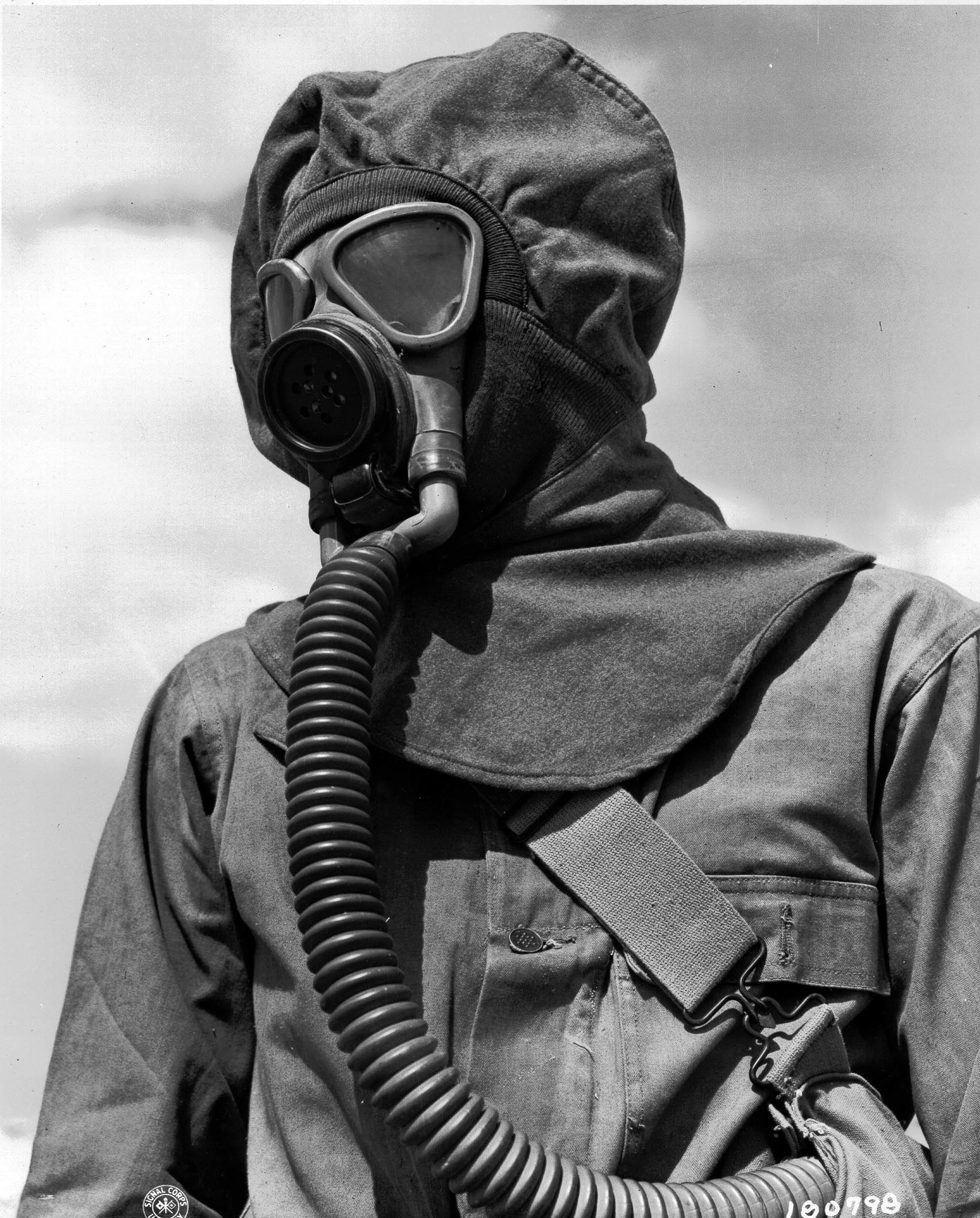 14th November 1943: U.S. Army Infantry – training for a gas attack ...