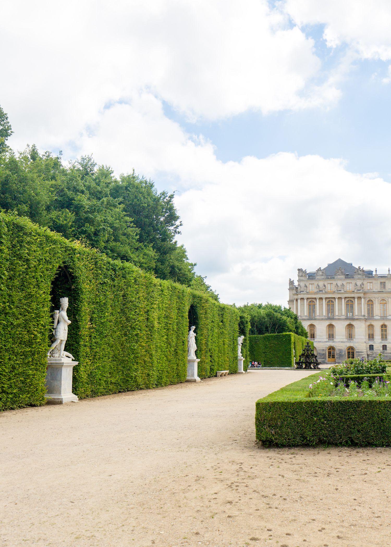 Versailles Gardens On Design Darling Versailles Garden Versailles Palace Of Versailles