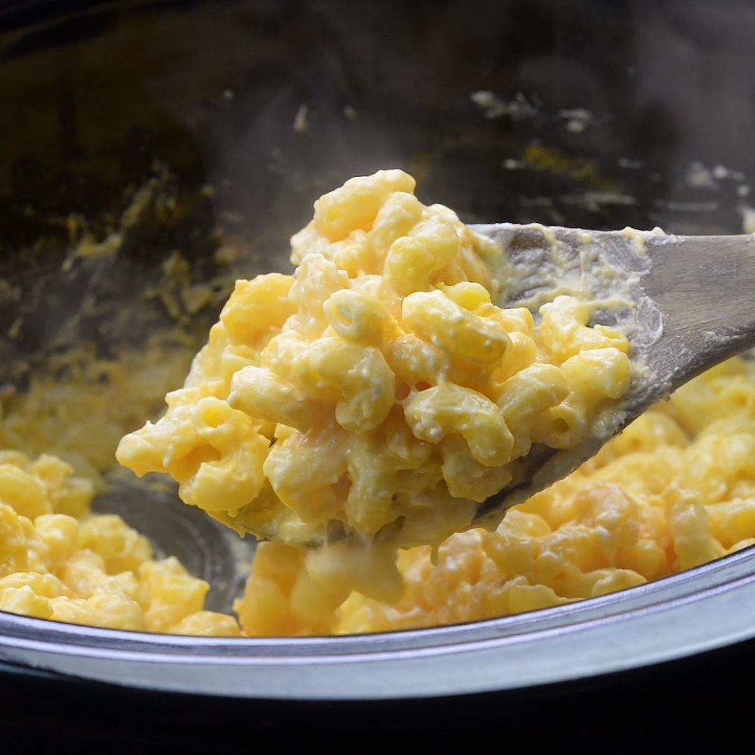Crockpot Mac and Cheese images