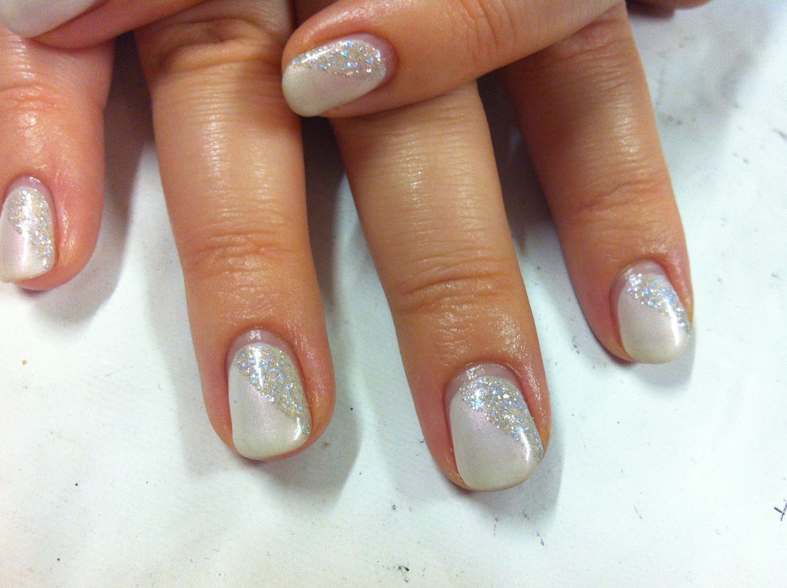 Brush up and Polish up!: CND Shellac Christmas Nail Art - #4 ...