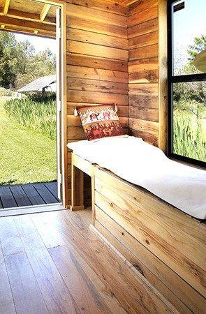 Solar Powered Barn Style Tumbleweed Epu Tiny House on Wheels