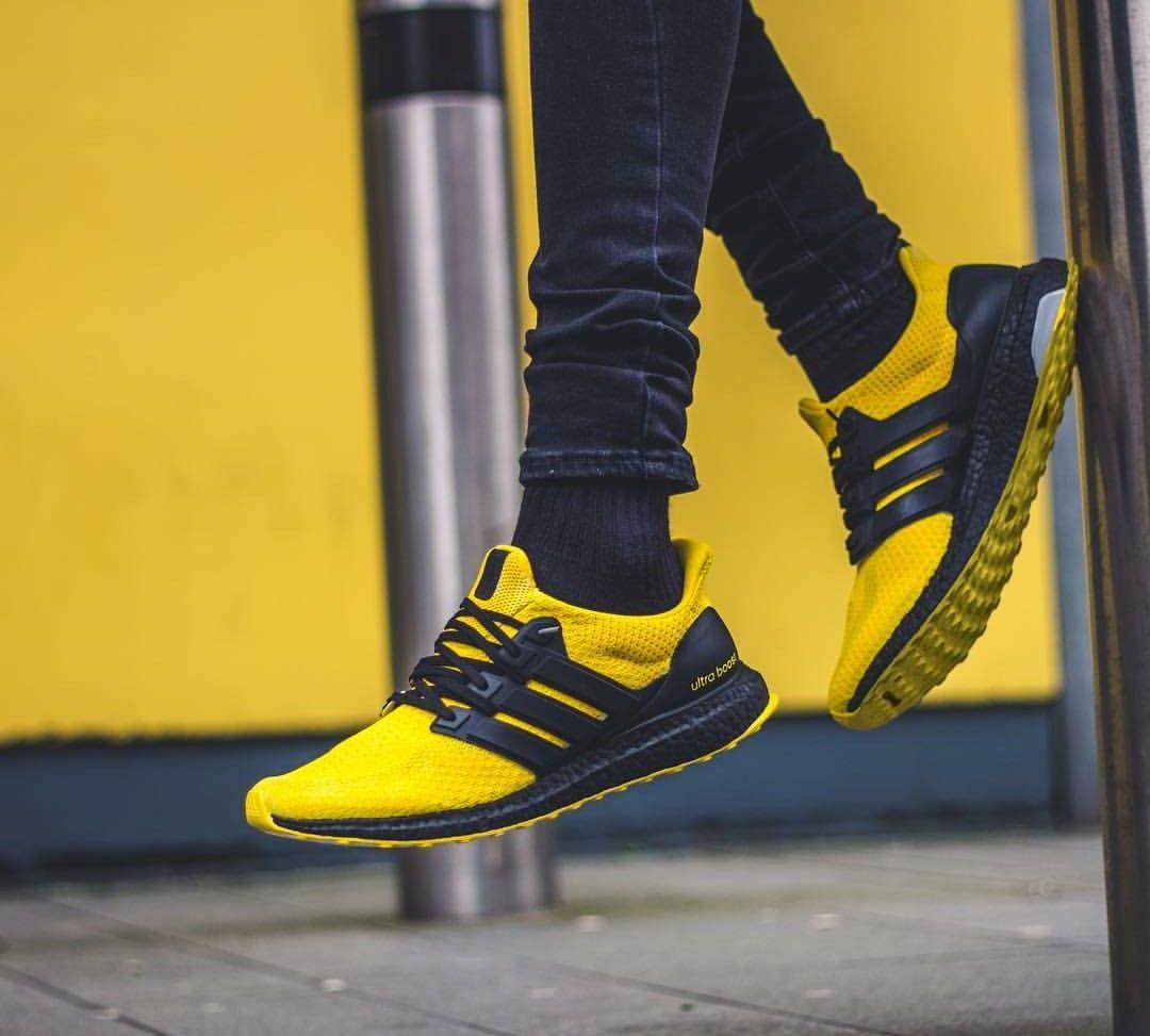 UltraBoost Custom | Sneakers | Zapatos