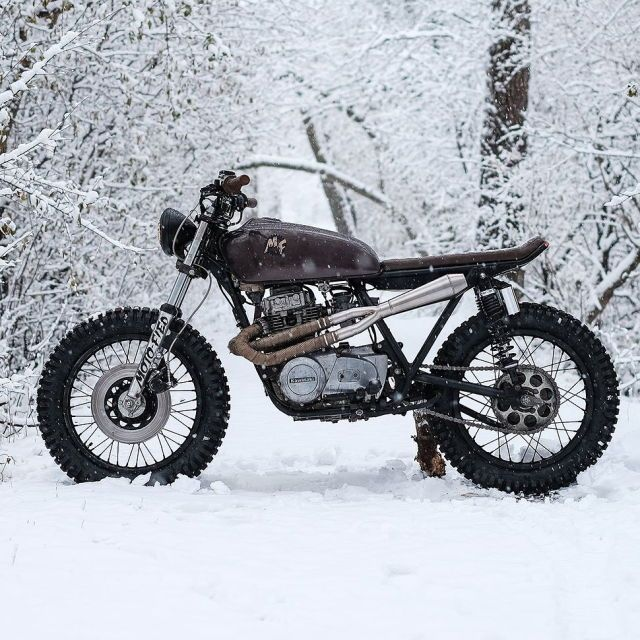 The Brown Bomber KZ400 Scrambler By Motofied