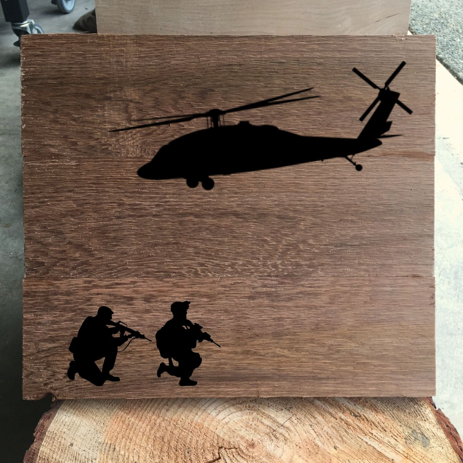 Military Blackhawk UH-60 Helicopter with Soldiers - Rustic Wood Sign - Hail & Farewell Gift - Army Helicopter Wood Decor - Primitive Decor