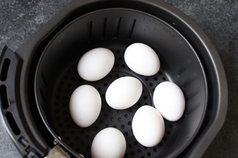 Perfect Air Fryer Hard Boiled Eggs {Easy to Peel} #hardboiledeggs