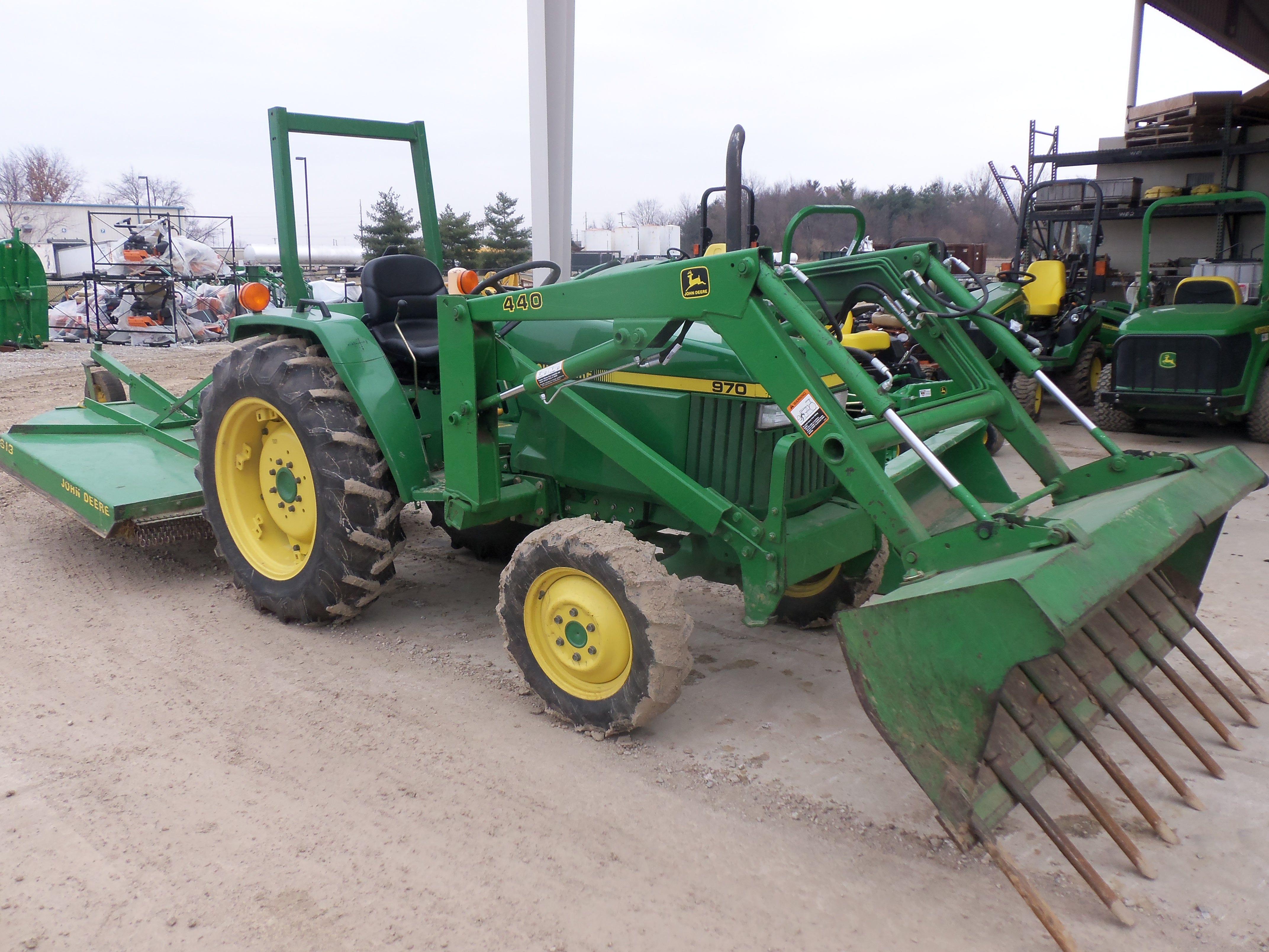 Massey ferguson 1250 pto manual ebook array john deere 970 tractor with 440 loader613 rear rotary mower john rh pinterest com fandeluxe Gallery