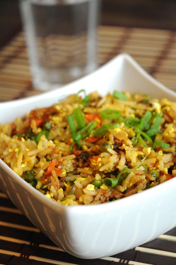 Best Ever #Vegan Fried Rice with Scrambled Tofu - Whether you serve it for lunch or dinner, this vegan fried rice is one of the best you'll ever make! It's simple, delicious, and healthy – what more could you ask for?