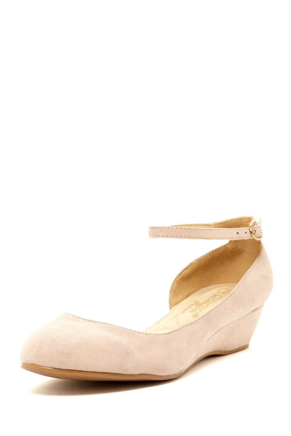 DbDK Fashion by Elegant Footwear Cisanni Half d-Orsay Wedge//