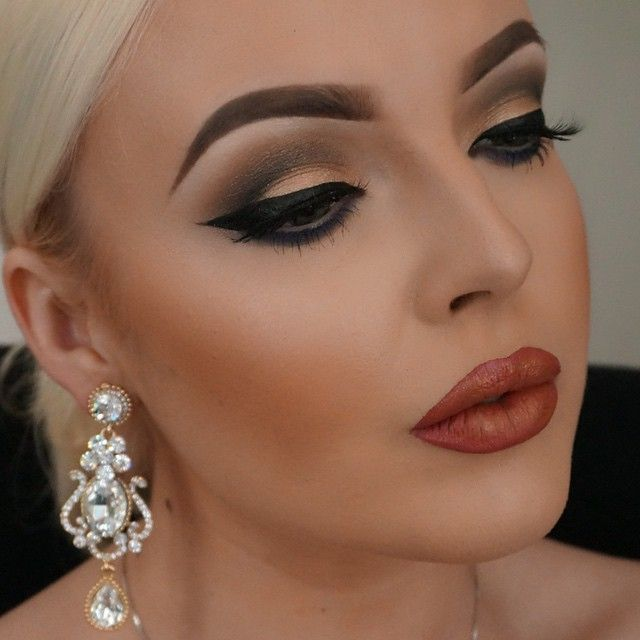 Russian Women Heavy Makeup 36 Best Images About Divine Beauty On Pinterest Red Indian Indian Artistry Makeup Flawless Makeup Blonde Hair Makeup
