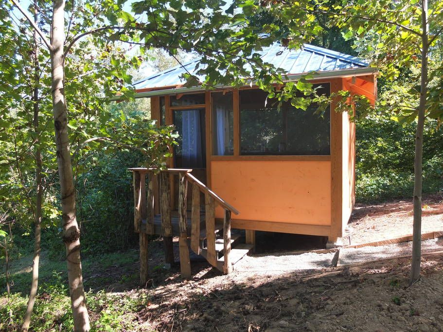 Airbnb Nc Lake Cabins Tiny Houses For Rent Guest Cabin