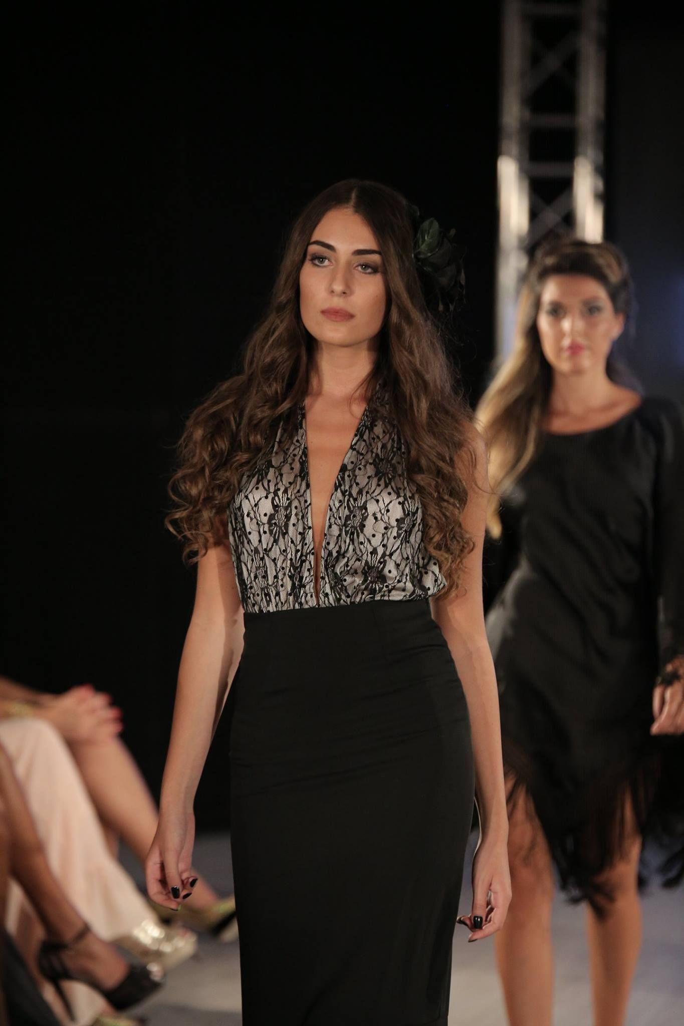 Agua na Boca Collection    Designer Daniela Poggi #fashioshow #modelsrunway #boholuxe