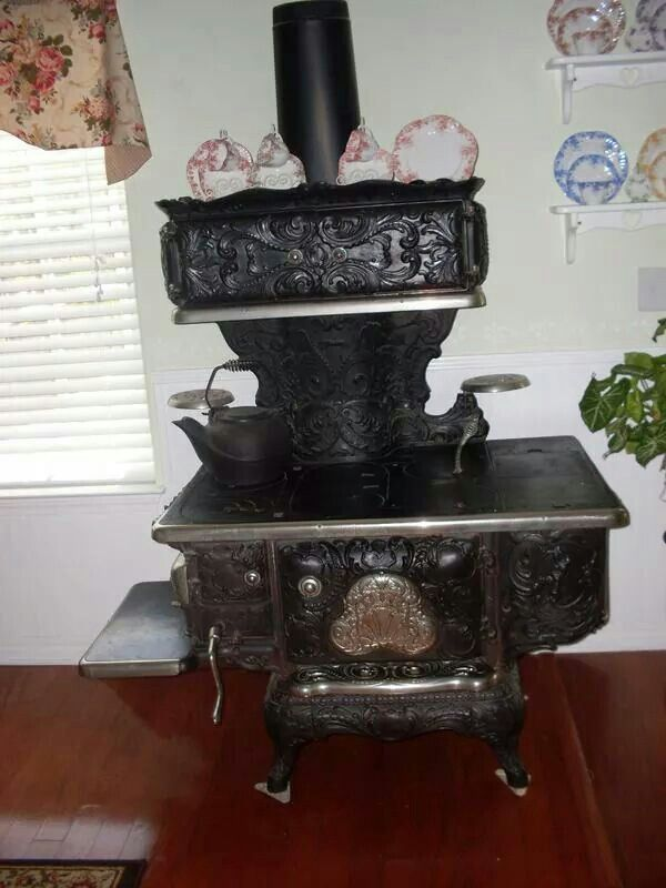 Acme royal wood cook stove Antique stove, Wood stove