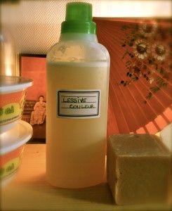 Lessive maison : savon de Marseille, eau, bicarbonate de soude