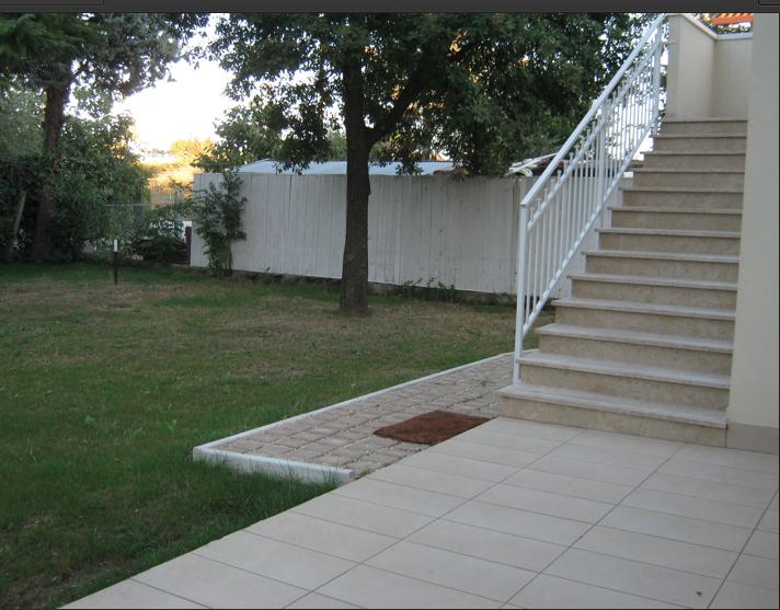 Appartamento con giardino in vendita Riccione Rif. A143