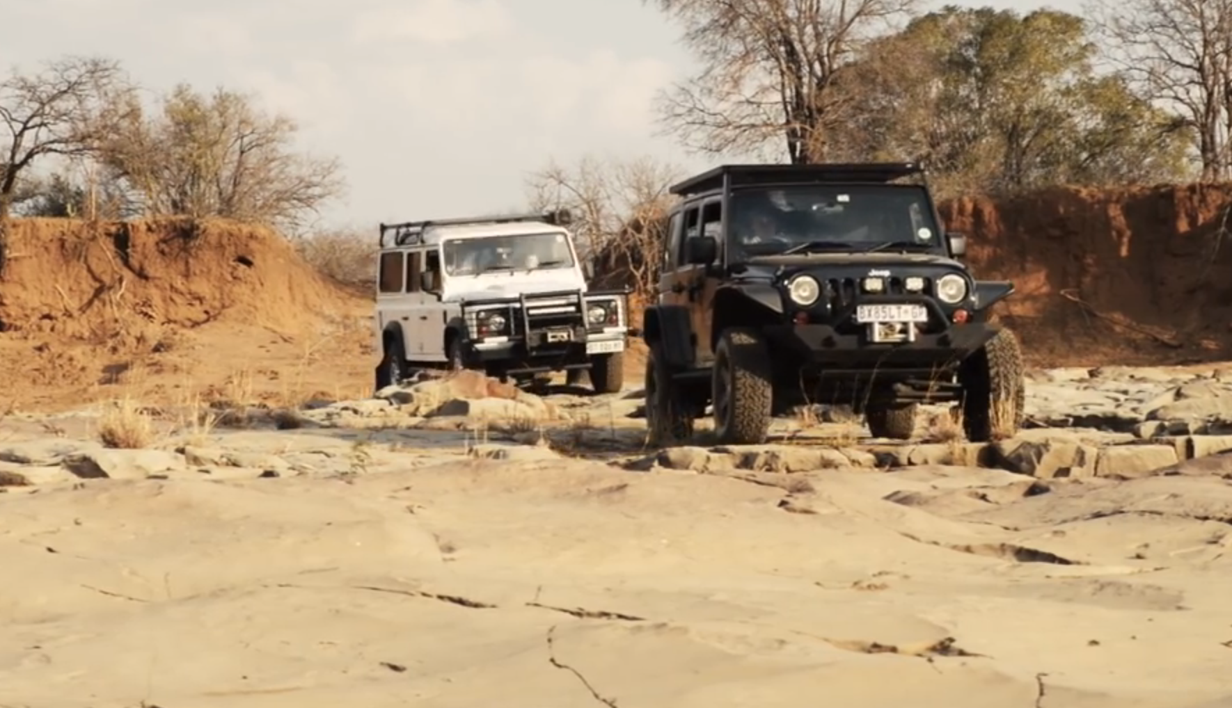4xoverland Land Rover Defender Vs Jeep Wrangler Land Rover