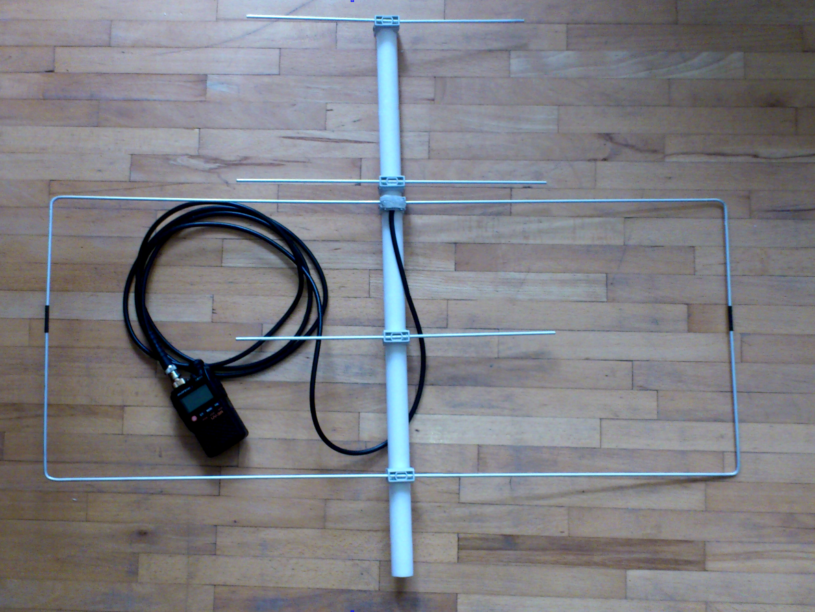 Antenna Was Designed For So 50 Satellite Operation It Has Gains 4 Dbd On 2m And 6 5 Dbd On 70cm Bands And It Is Fed Via Single 5 Ham Radio Dual Band Antenna