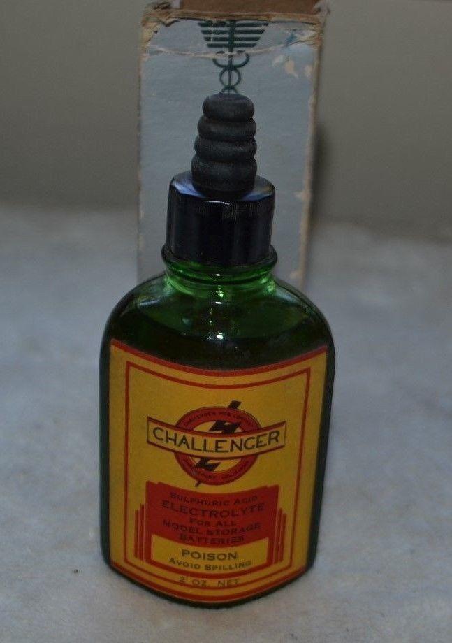 Vintage Green Glass Poison Bottle Challenger Mfg. Electrolyte for Batteries