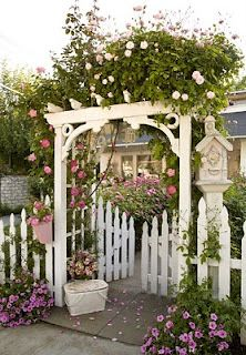 picket fence gate with arbor. Picket Fence And Entry Gate With Arbor For Roses Climbing Vines U