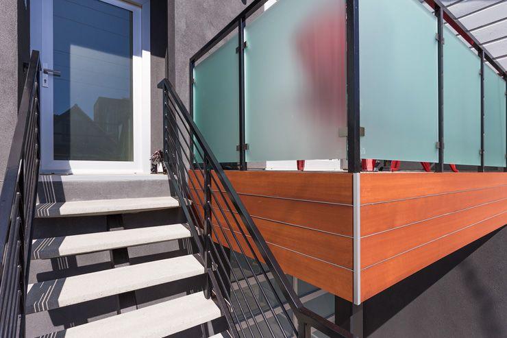 San Francisco Residential Facade Remodel Integral Color Stucco Storefront Commercial Doors And Windows I Building Design San Francisco Design Outdoor Spaces
