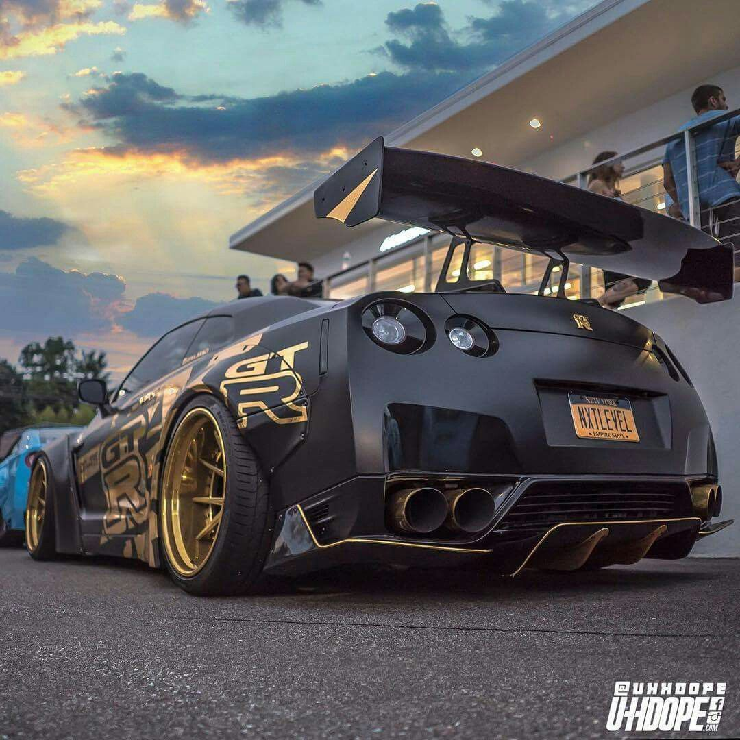 The Craziest Modified Cars: Crazy Modified, Tinted, Nissan GT-R R35