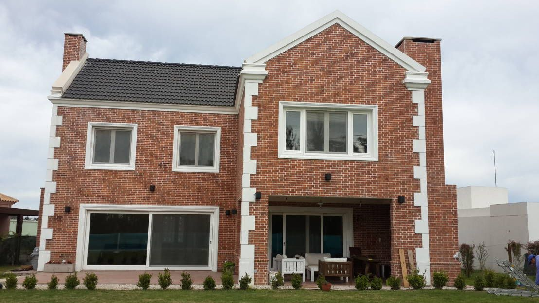 11 revestimientos exteriores perfectos para cada estilo de for Revestimientos para exteriores