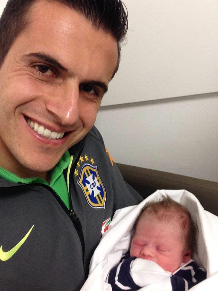 Seja bem vindo Pietro, filho do goleiro do Grêmio e da seleção brasileira Marcelo Grohe.