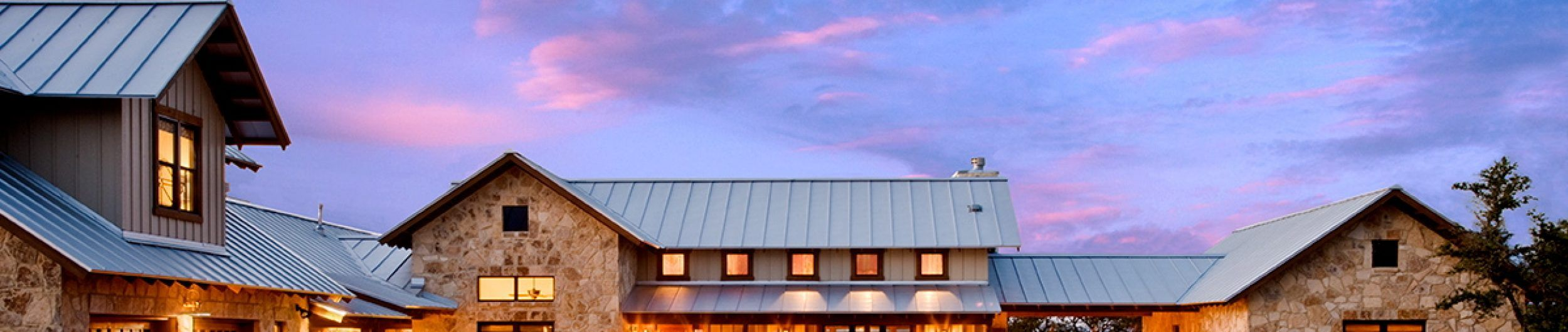 Metalroofing Systems Metal Roofing Systems I Love That Color What Is It Metal Roof Colors Metal Roofing Systems Metal Roof