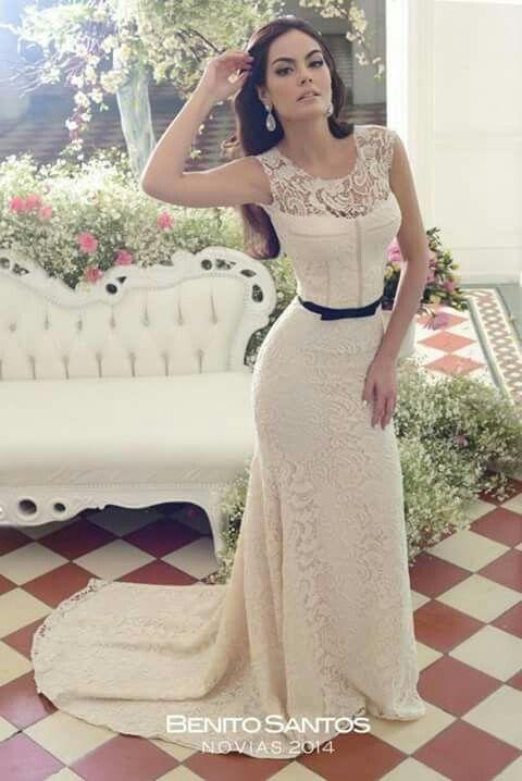 c95d0ea2c Vestido Benito Santos. Diseño mexicano