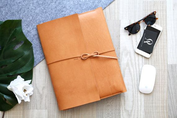 leather macbook cover portfolio // by AOBusinessentials on Etsy