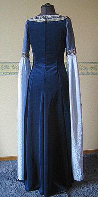 Dawndreams The Age Of Fantasy Lotr Fantasy Kostuum Arwen Requiem Dress De Jurk Kostuum Middeleeuwse Jurk