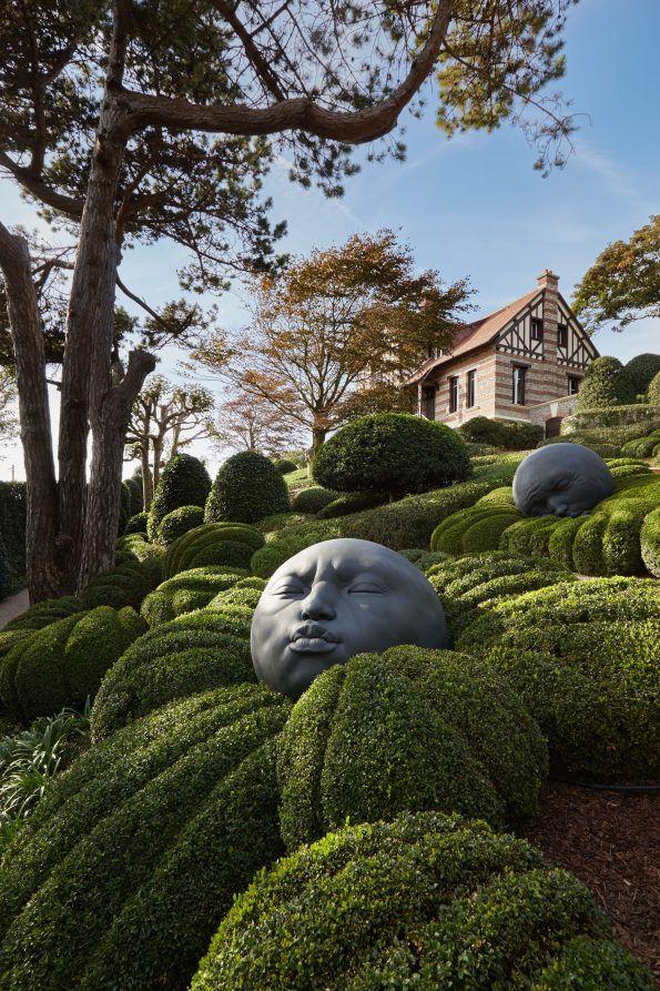 Les Jardins D Etretat Une Belle Histoire Franco Russe Architecte Paysagiste Sculpture De Jardin Jardin De Topiaires