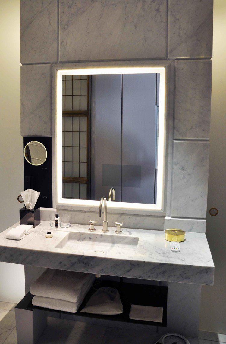 Carrara marble bathroom image the cafe royal hotel regent street - Hotel Cafe Royal London