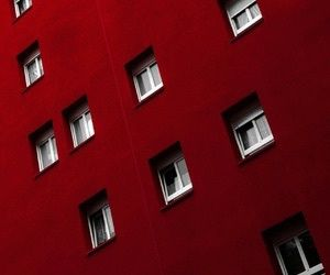 Red Buildings Are Always A Great Ideia Kk Model Transparent Lightblue Fly Girl Girly High Wallpaper Blue Ocean People Pink Tumblr Weheartit