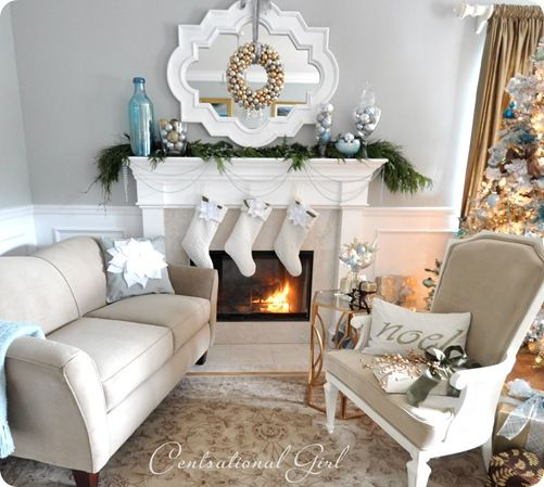 Here are some holiday decorating ideas in relaxing neutrals.  Some might think its boring, but I think its chic and sophisticated when a lot of decorations can get cheesy looking.