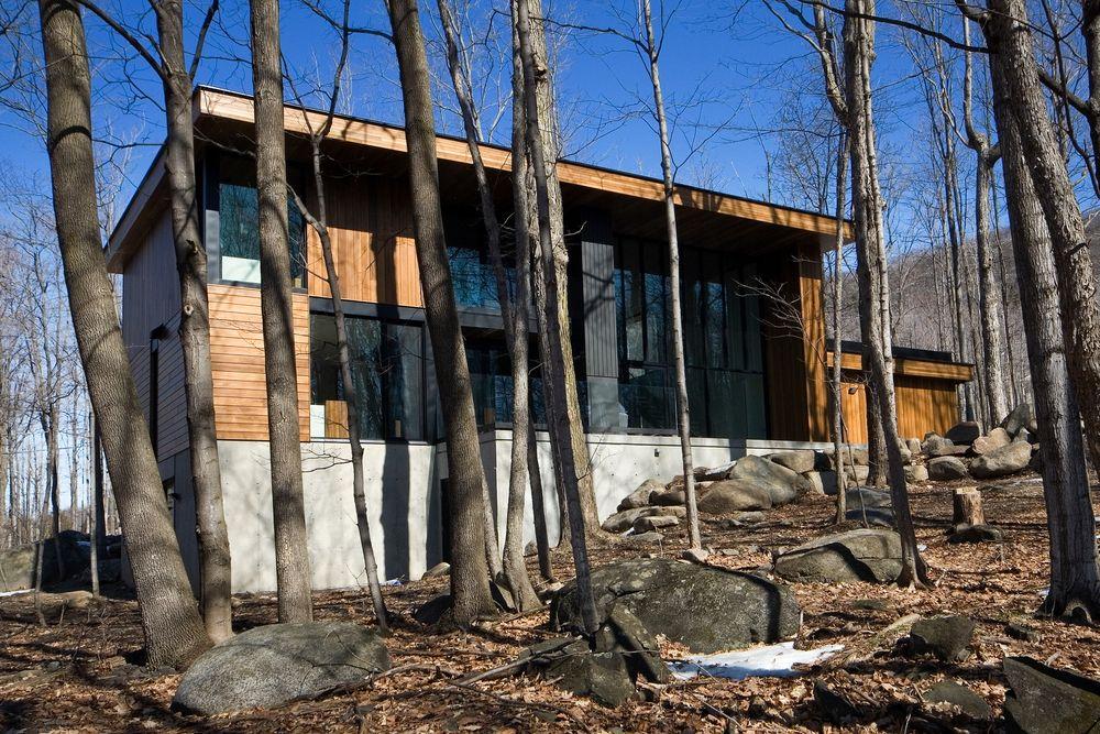 Residence du Mont-Saint-Hilaire by Blouin Tardif Architecture-Environnement as Architects