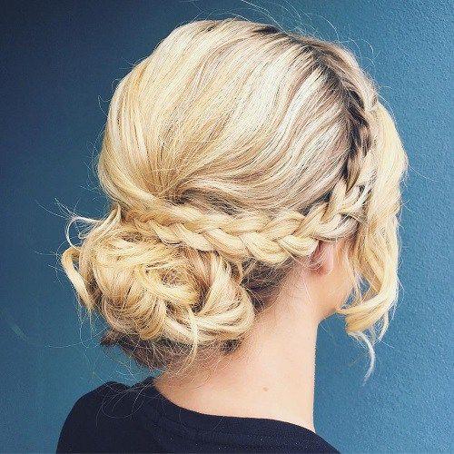 20 Lovely Wedding Guest Hairstyles Fryzury Z Poldlugich Wlosow