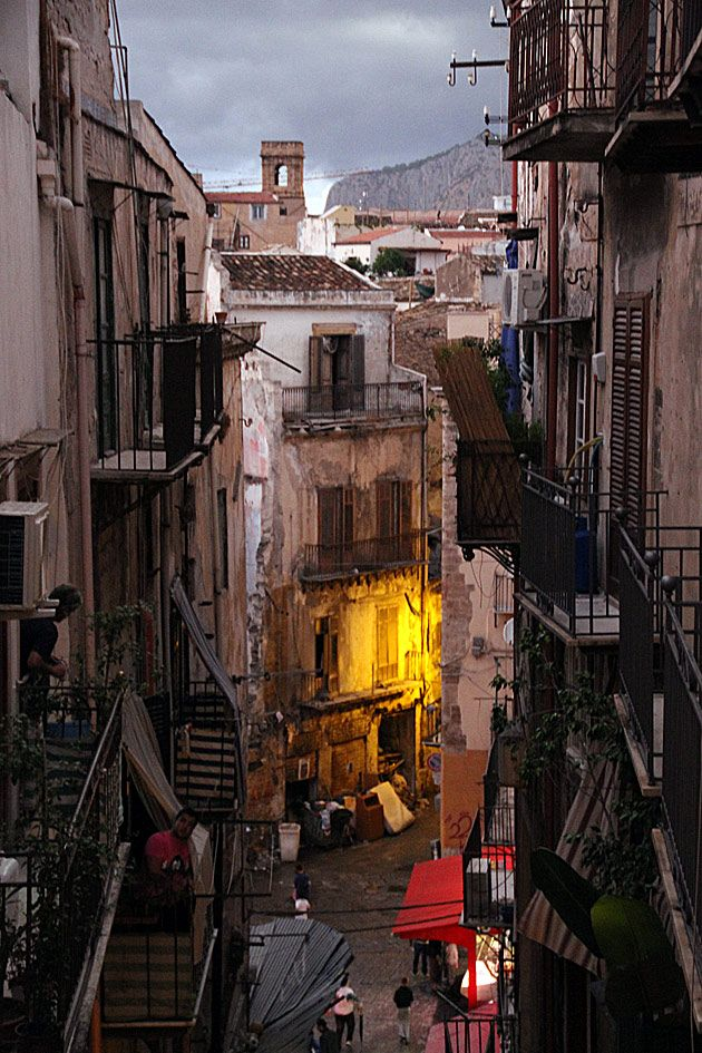Adjusting to Palermo's Street Life Palermo sicily