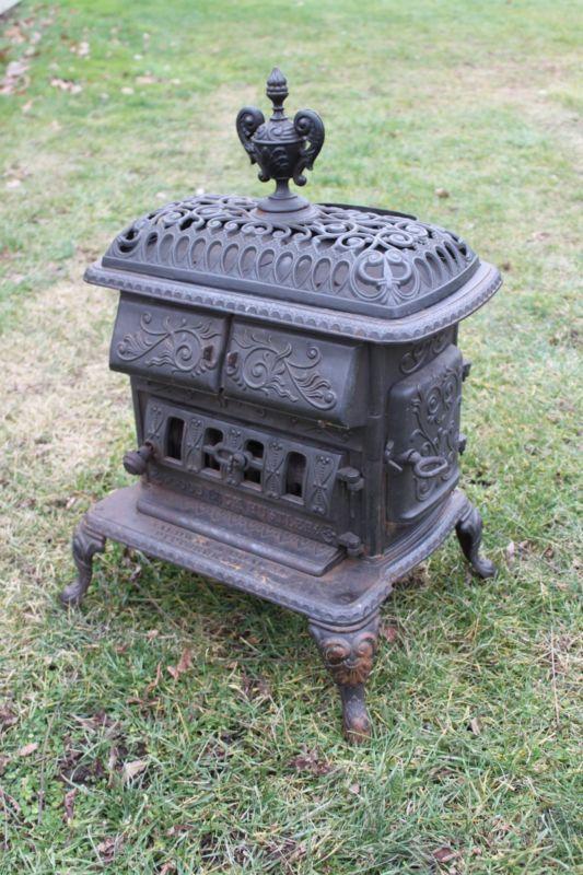 Antique Old Cast Iron Parlor Wood Stove Baldwin Graham