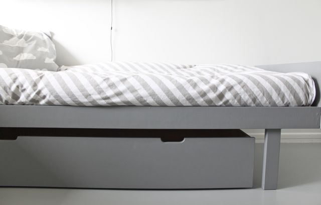 time of the aquarius: New bed