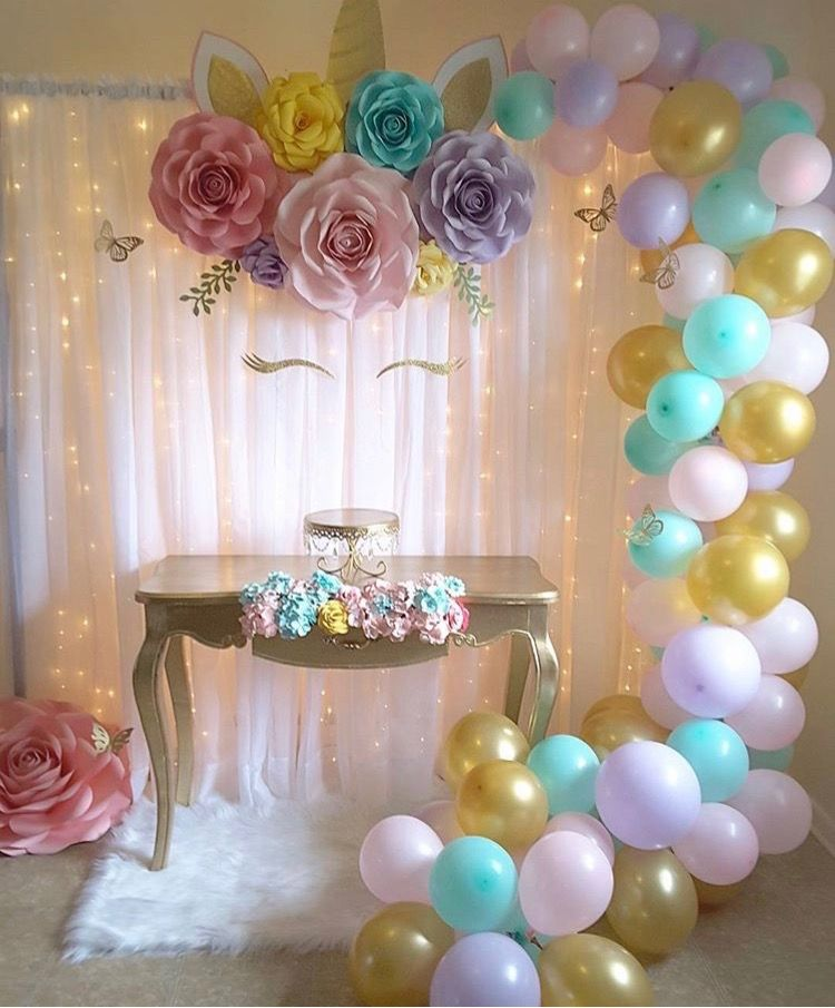 Bridal shower decor idea bridal shower ideas for Decoracion para pared unicornio