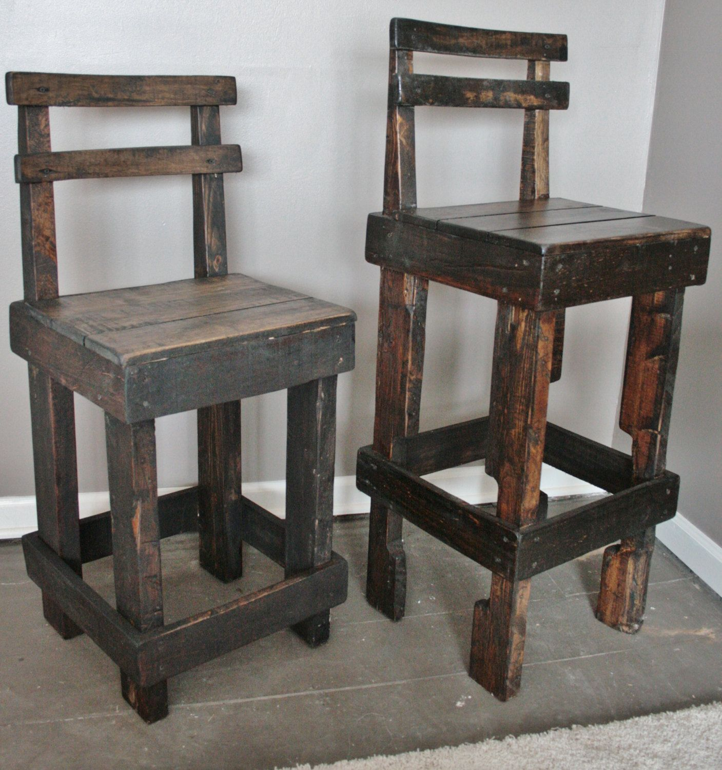 Pallet Wood Bar Stool With Back Making Three Of These For The Cost Stain