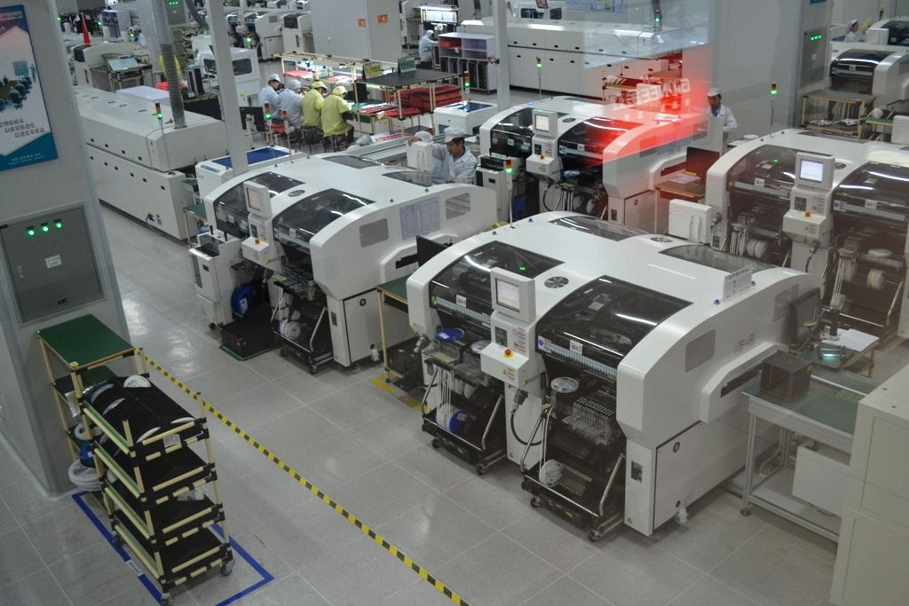 State of the art SMT lines at motherboard manufacturing unit at Gionee Industrial park. #GioneeFacilityVisit