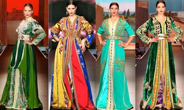 963334e7889 Traditional dress for women (and men) is called djallaba. It is a long