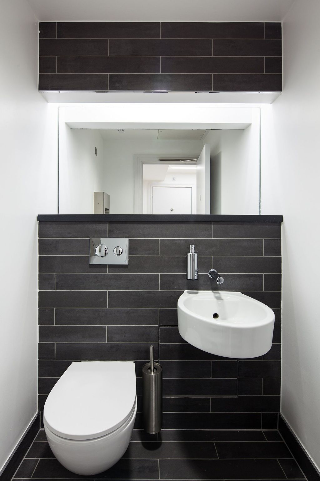 38 Cozy Small Office Bathroom Designs Ideas | Restroom ...