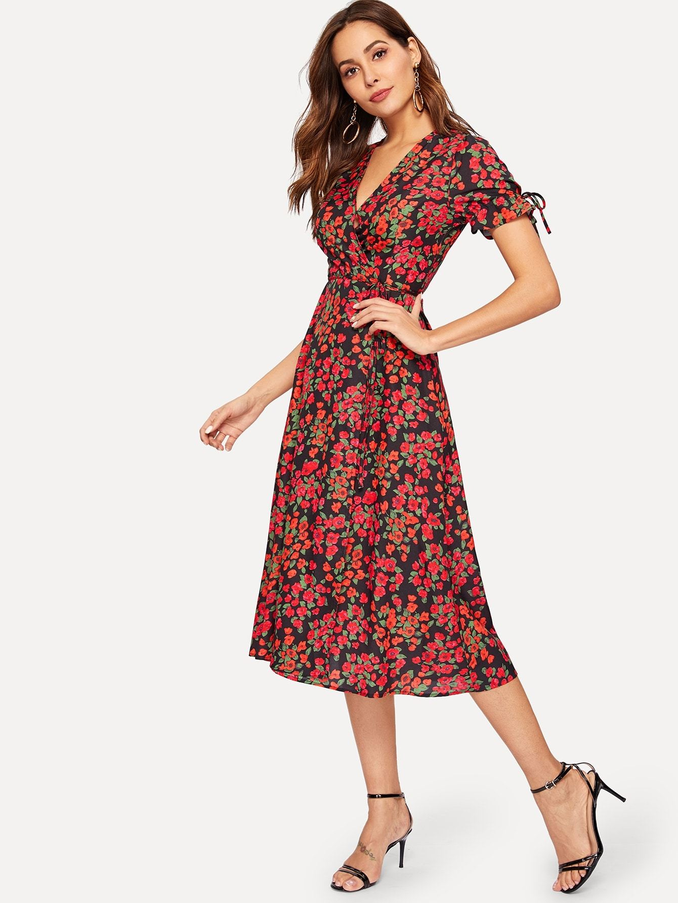 42e38f0636a3 Floral Print Wrap Tie Side Dress in 2019