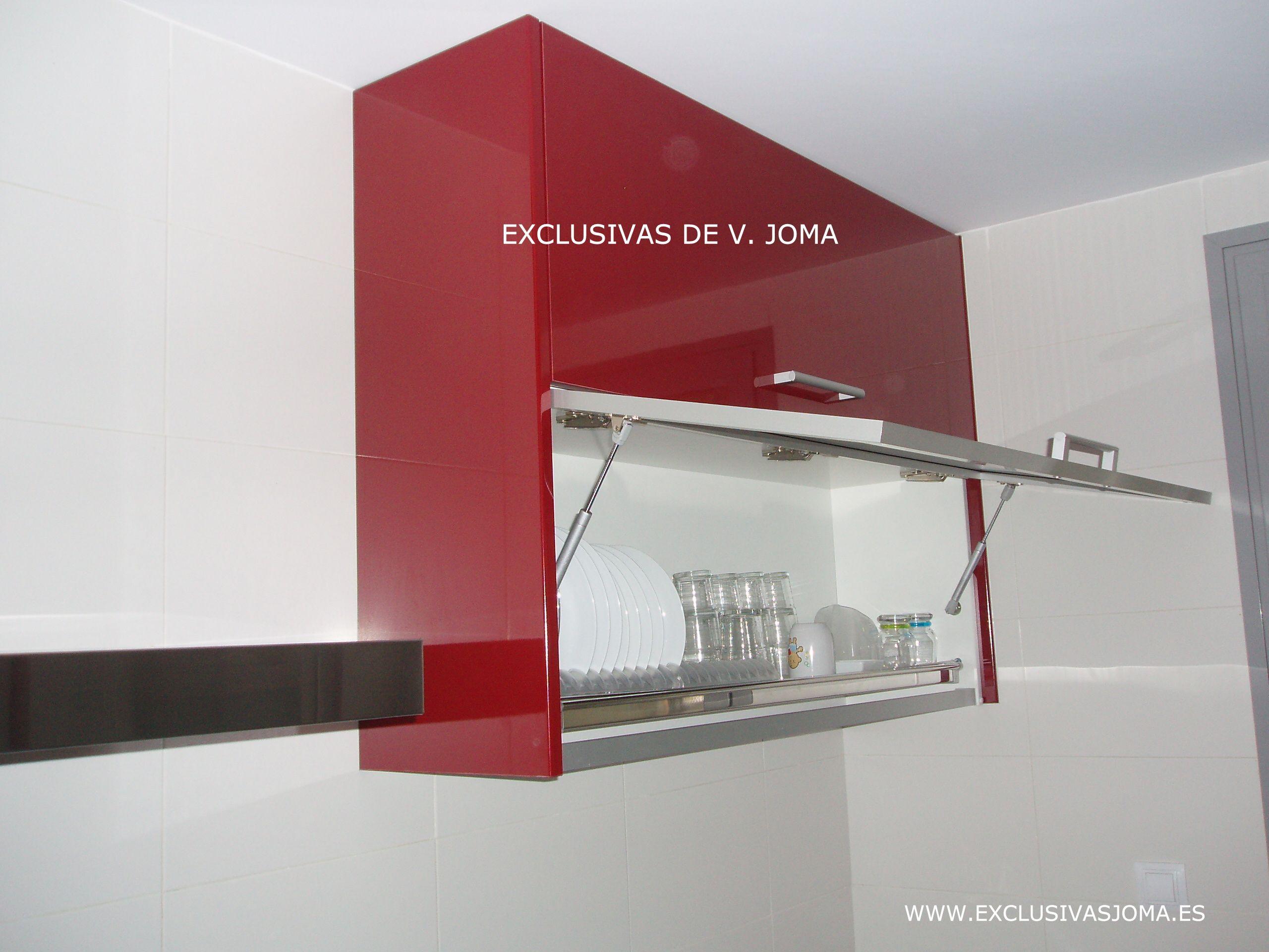 Muebles de cocina en formica alto brillo en color granate - Colores encimeras compac ...