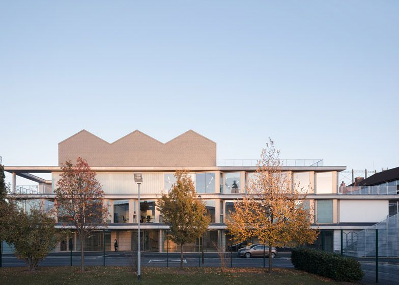 Social Justice Centre In Vauxhall By Architecture 00 Social Housing Architecture Architecture Architectural Assistant
