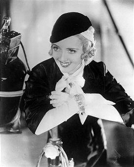 Archive Entertainment On Wire Image: Bette Davis